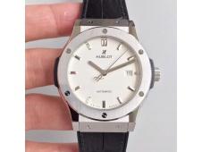 Replica Hublot Classic Fusion 42mm Titanium JJF 1:1 Best Edition White Dial on Black Gummy Strap A2892