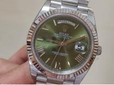 Replica Rolex DayDate 40mm 228239 EWF Best Green Roman Dial on SS President Bracelet A3255