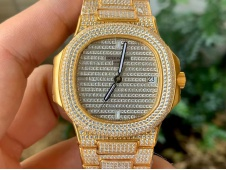 Replica Patek Philippe Nautilus 5719/1G Yellow Gold Full Diamond PF Best Ice Out A324